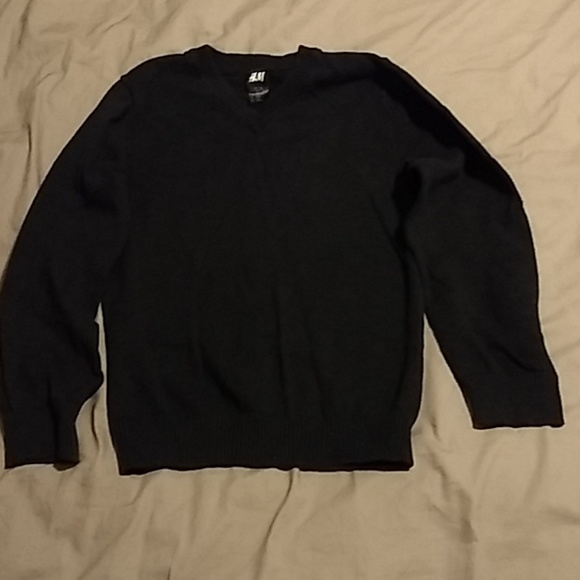 H&M Other - H&M charcoal gray v-neck sweater